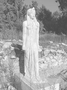 isis_statue.jpg